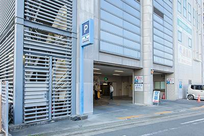 第一駐車場入り口(南側)